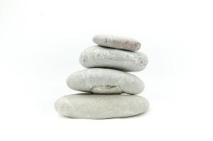 Hypnose-Psychotherapie- Reiki-Overath-Tiefenentspannung Steine